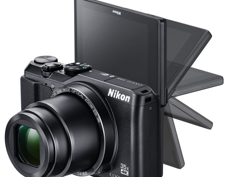 Nikon Coolpix P900 vs. B700 3